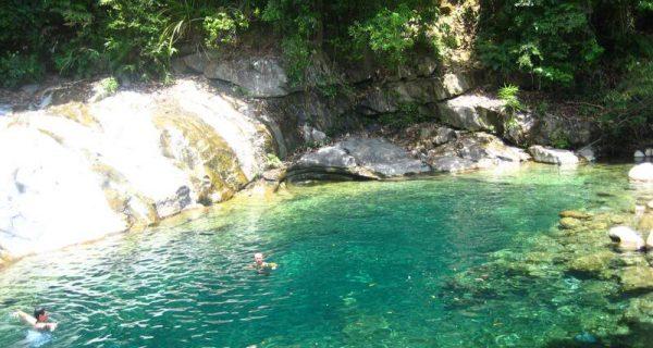 Suối hồ Truồi