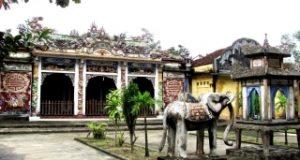 Đình làng Phù Bài