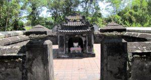 Lăng mộ Diên Khánh Vương
