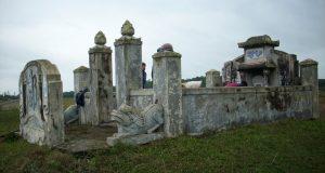Lăng mộ Đặng Văn Hòa