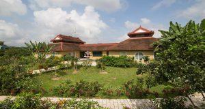 KS ND ven sông Huế (Vườn xưa)